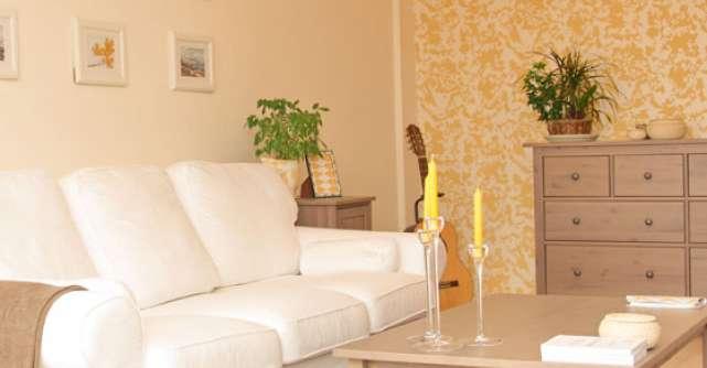 Apartament in turcoaz si galben, din Romania