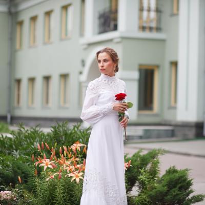 5 modele de rochii potrivite pentru o nunta medievala