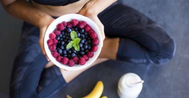Dieta frugivora: ce se intampla daca mananci doar fructe crude