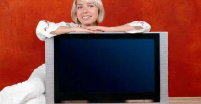 Ce ti se poate intampla daca stai mai mult de trei ore pe zi in fata televizorului