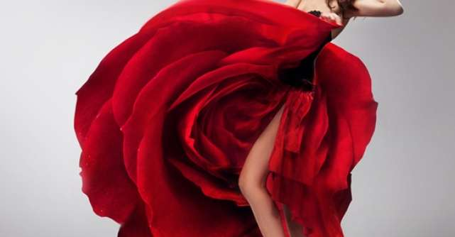 Fii fabuloasa: 22+1 rochii rosii pentru o tinuta perfecta!