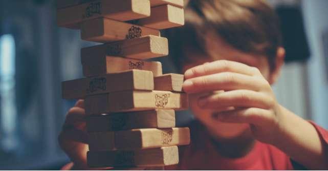 Cadouri pentru elevii premianți: 8 jocuri provocatoare