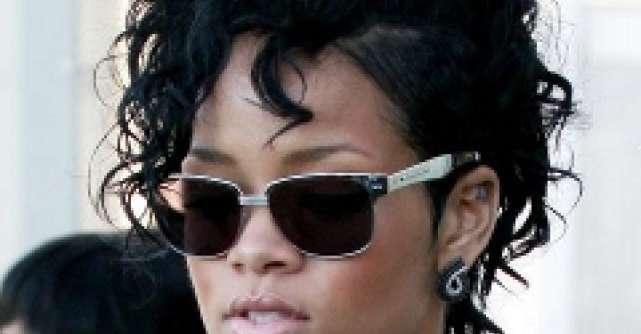 Rihanna a facut show la Brit Awards