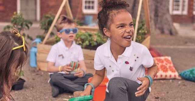 Pregătiți pentru școală cu uniformele Marks & Spencer!