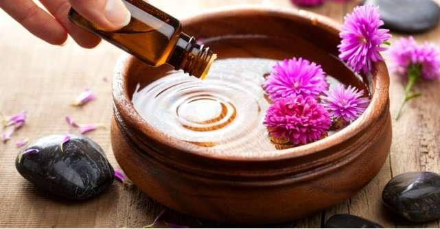 4 uleiuri esentiale pentru un august relaxat