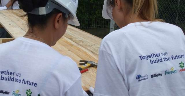 P&G sprijina educatia tehnica in Urlati: o noua sala de clasa moderna pentru elevi