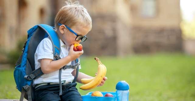 Top 10 alimente nutritive pentru elevi
