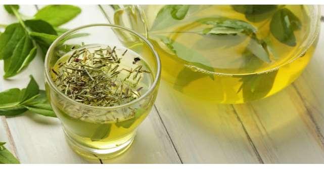 Tratamente naturiste: Cele mai bune ceaiuri in curele de detoxifiere