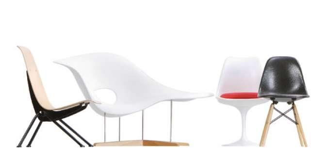 100 de miniaturi de scaune in noul mall Promenada