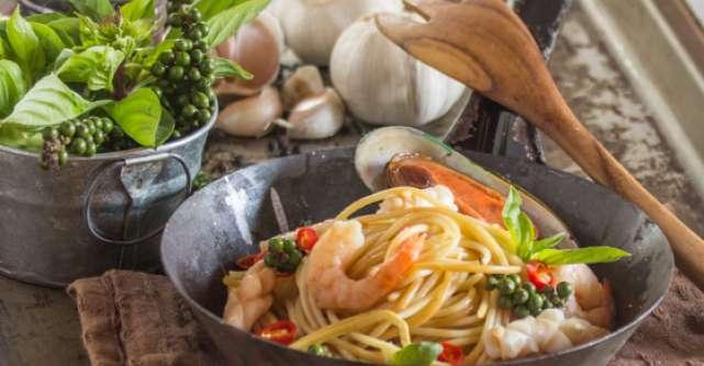 Cum se prepari o cina romantica: Pasta con frutti del mare