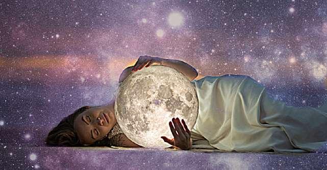 Horoscopul lunii august pentru toate zodiile. Nu mai luptăm cu morile de vânt, ne adaptăm schimbărilor și ne continuăm viața