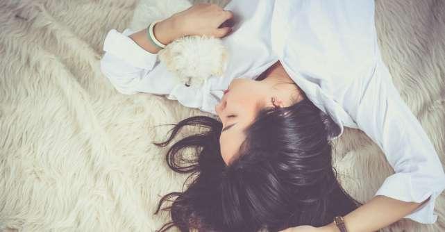3 puncte de presopunctura pentru somn odihnitor, pe care le poti activa singura