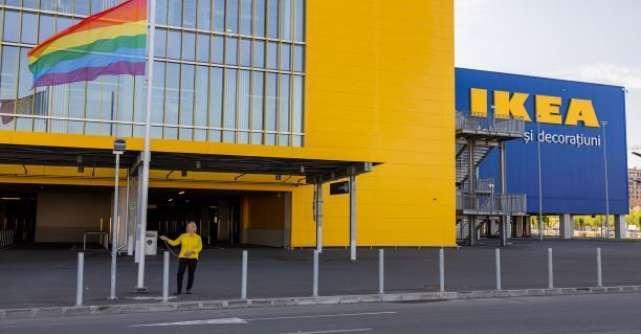 IKEA România ridică steagul curcubeu și sprijină drepturile LGBT+ prin campania Dragostea e dincolo de cei patru pereți