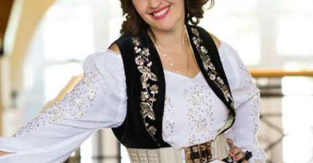 Rona Hartner, imaginea Chic Roumaine
