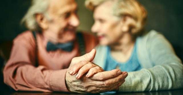 Cum sa ai o relatie care sa dureze: Sfaturile celui mai longeviv cuplu casatorit din lume