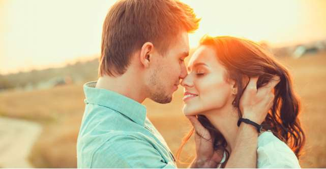 Carti la reducere: 5 romane de dragoste pentru adolescenți