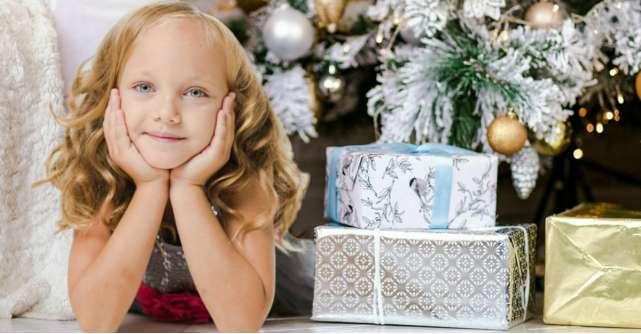 13 cărți cu povești de Crăciun de pus sub brad copilului tău!