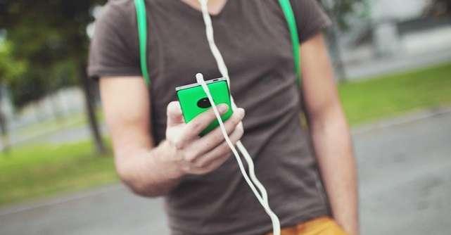 Cum îți poți personaliza husa de telefon