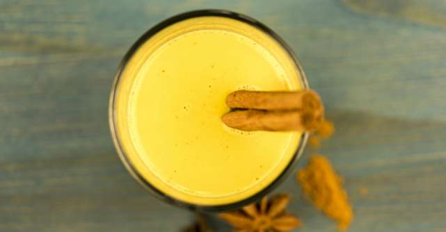 Cum se prepară laptele de aur?
