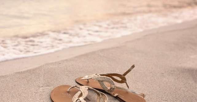 Shopping: Sandale si papuci de plaja