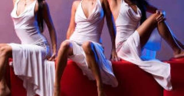 5 Semne din limbajul corpului: Ce transmit femeile?