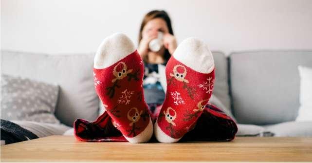 Cum ne incalzim picioarele iarna: sosete, dresuri, jambiere