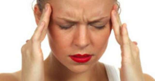 9 Tratamente naturiste care combat durerile de cap