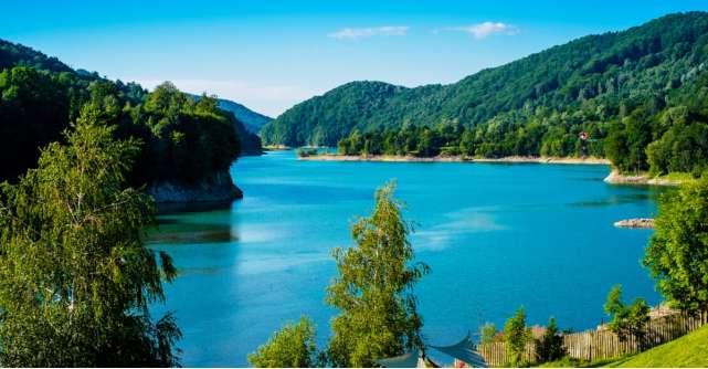 Destinatii de weekend fascinante din Romania unde poti imbina distractia cu relaxarea