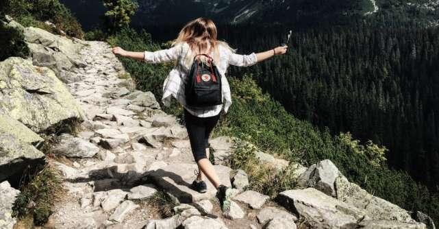 Ce trebuie să știe toate femeile care călătoresc mult