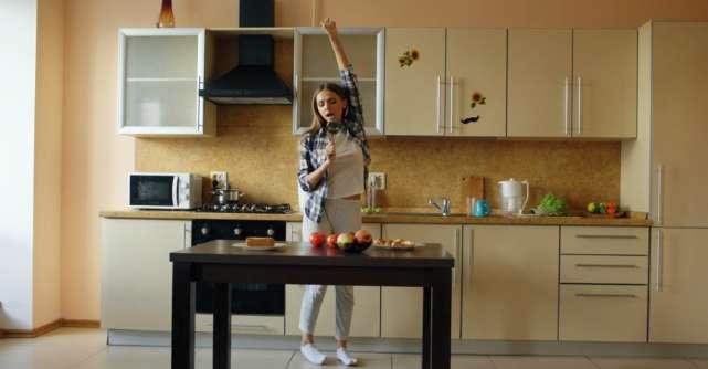 Cum să te distrezi când ești izolat acasă: 5 activități care te ajută să scapi de plictiseală