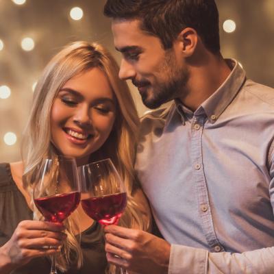 10 Idei pentru serile petrecute în cuplu: cultivă iubirea și încrederea