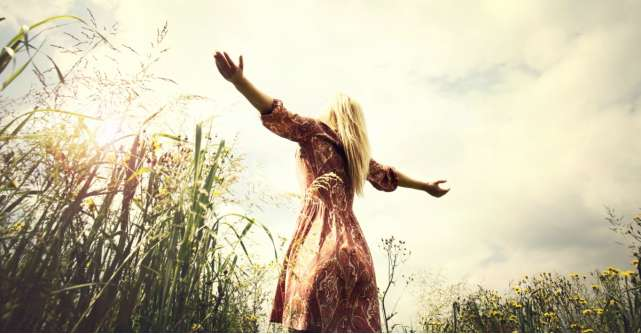 10 citate deosebite care te ajuta sa ai o gandire pozitiva zi de zi