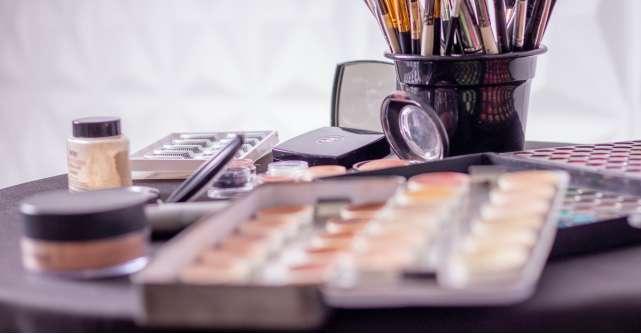 4 palete de make-up pe care trebuie să le ai!
