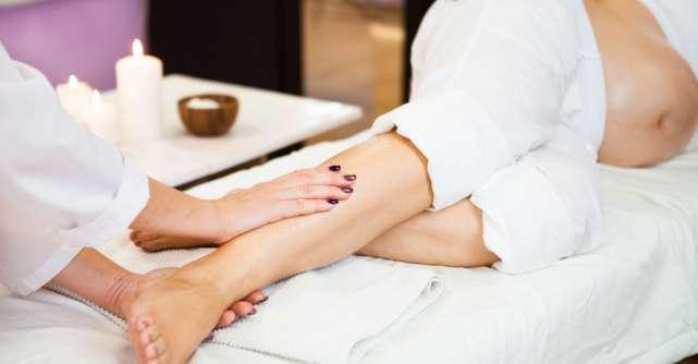 Picioare umflate în timpul sarcinii. Masajul este soluția