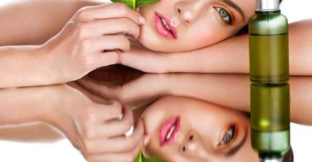 25 Cosmetice BIO: Machiaj natural pentru seara de REVELION