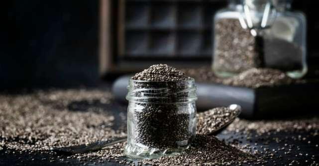 De ce ar trebui sa folosesti semintele de chia pentru ten