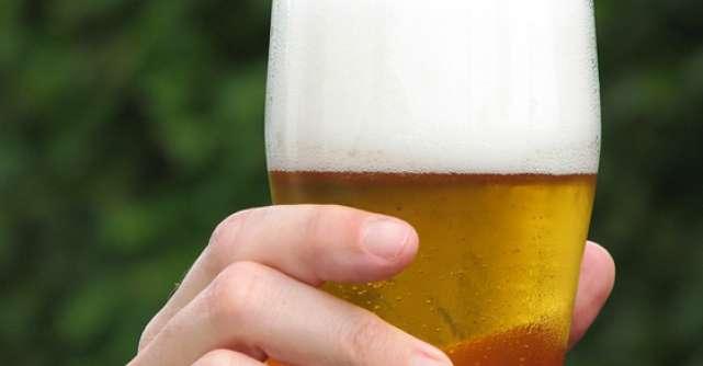 STUDIU: Consumul moderat de bere poate ameliora simptomele asociate perioadei post-menopauza