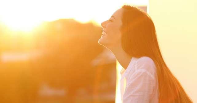 8 moduri in care sa te trezesti mai fericita dimineata