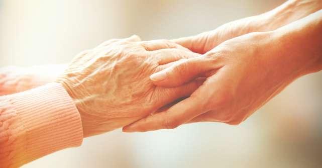 Sa nu uiti niciodata mainile care te-au crescut
