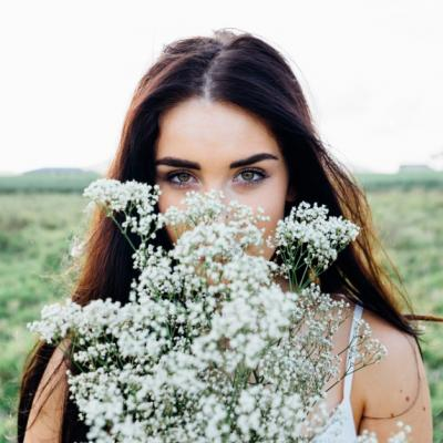 Cum să ai grijă de pielea sensibilă? 3 Sfaturi de care să ții cont în această toamnă