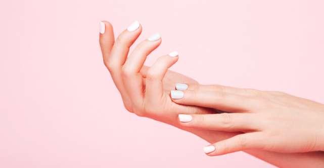 5 produse de îngrijire a unghiilor care nu trebuie să îți lipsească