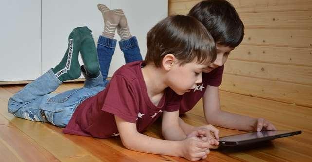 5 device-uri smart care susţin inteligenţa unui copil