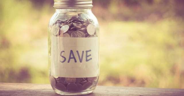 Cum poți economisi bani fără efort