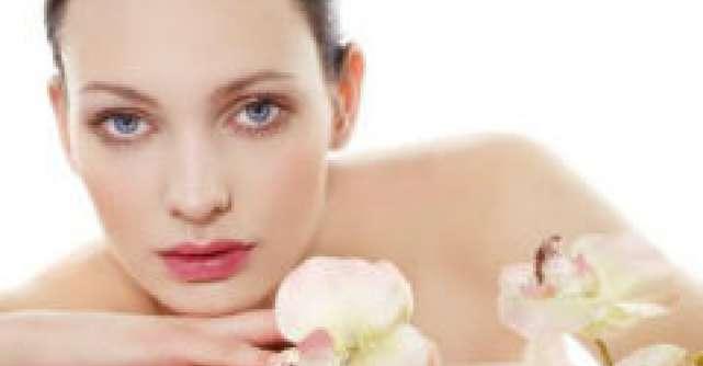 Ghid de preparare a 5 cosmetice bio pentru ten sensibil