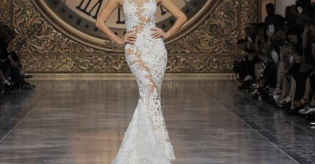 Noua colectie Pronovias a fost prezentata la Barcelona  intr-un fashion show de exceptie