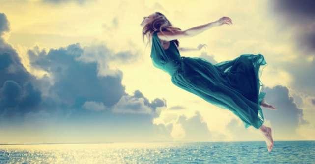 Incepi un nou capitol. Cum sa te transformi intr-o femeie cu adevarat fericita?