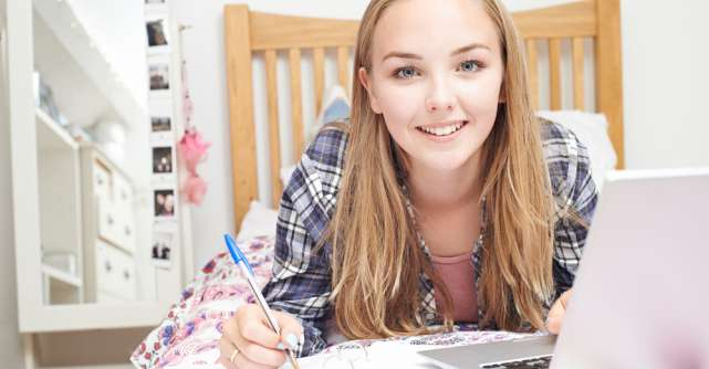 Tot ce ai nevoie să știi despre menstruație dacă ești adolescentă