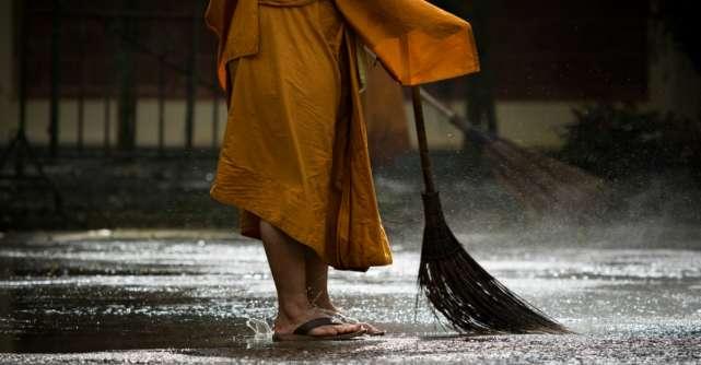 Adopta aceste 5 obiceiuri ale călugărilor budiști și te vei curăța pentru totdeauna de energia negativă