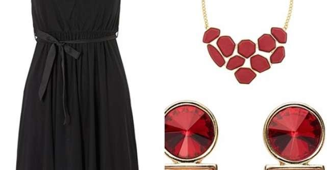 Transforma rochia neagra intr-o tinuta glam de Revelion!