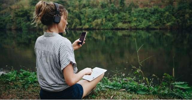 20 de melodii care te ajută să îți calmezi anxietatea